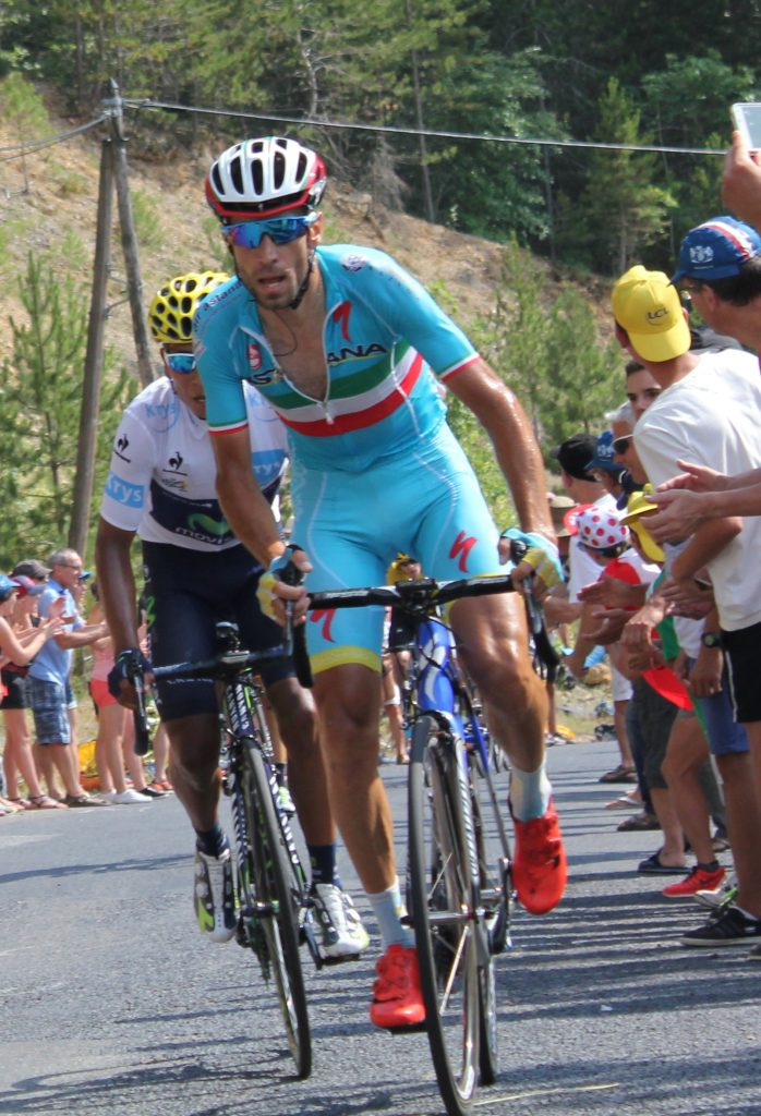 Nibali (cyclist) sprinting to the finish